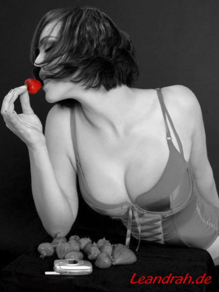 Rot ist immer Verlockung, Verheißung....